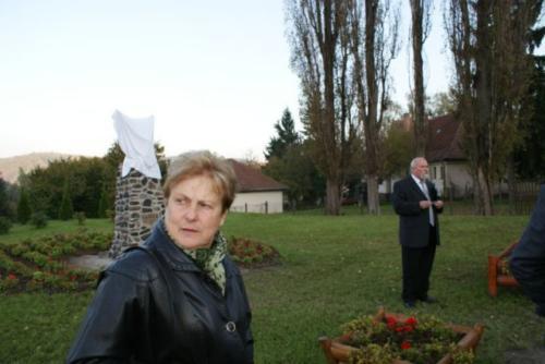2010. október - Szoboravatás